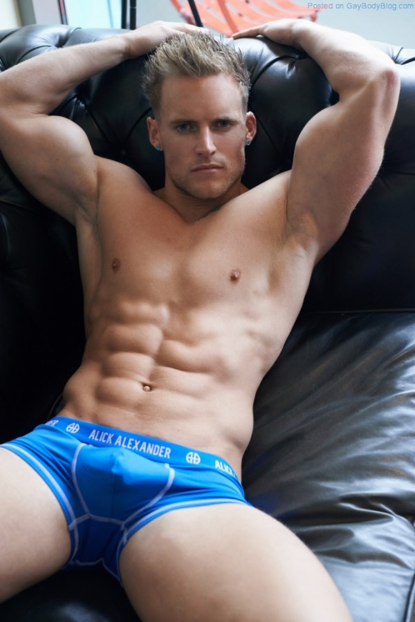 Matt Sallis Looking Buff And Sexy 4