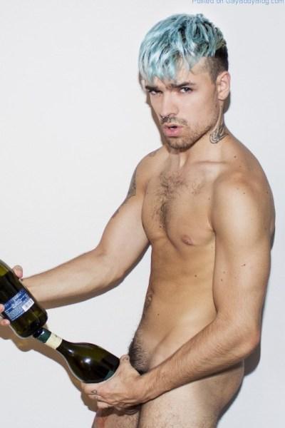 random-nude-guys-for-an-unknown-photographer-1