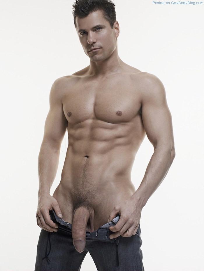 foursome-swinger-nude-lukas-ridgeston-sex