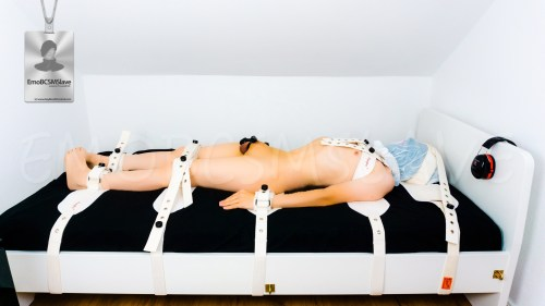 EmoBCSMSlave naked segufixed and breath controlled in the new playroom