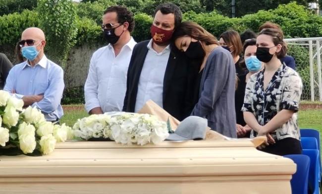 Ai funerali di Michele Merlo spuntano Salvini e Meloni