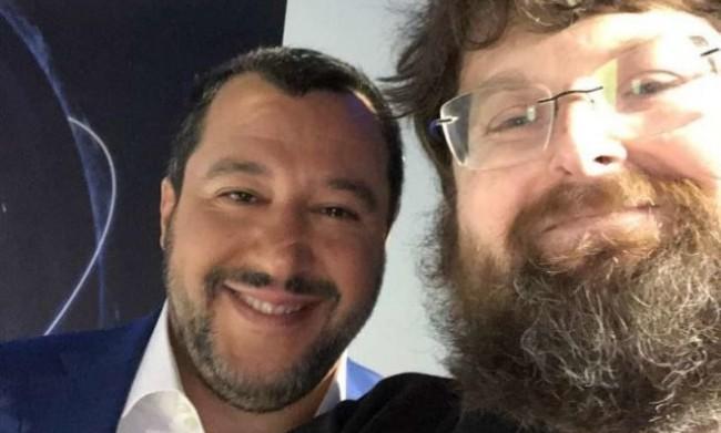 Mario Adinolfi dice siamo meglio i fascisti degli islamici