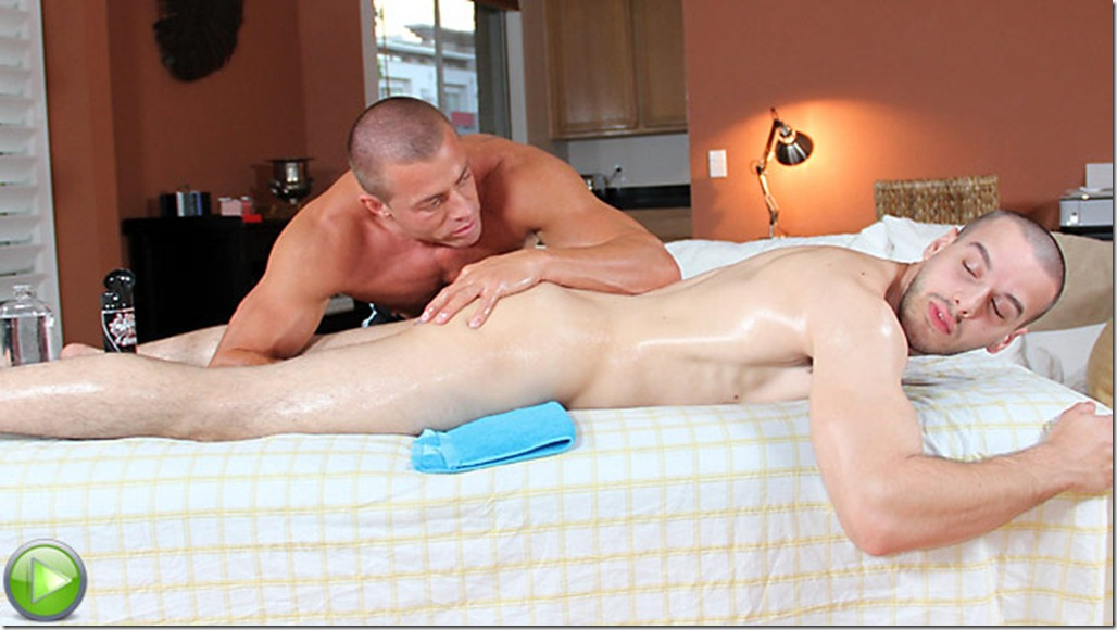 Horny dude gets seduced by the masseur 2