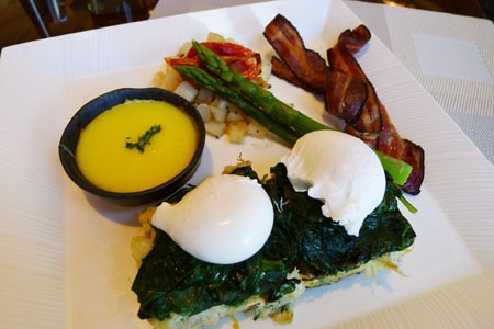 Brunch at MOzen Bistro, one of GAYOT'S Best Restaurants for Brunch in Las Vegas