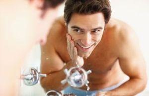 hombre_lavandose