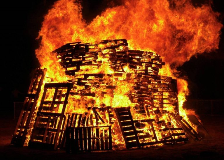 Burning Pallets