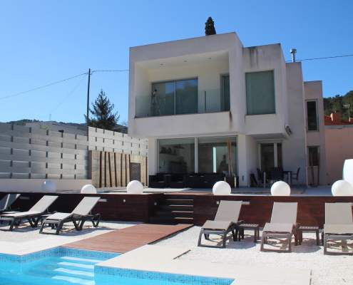 Fabulous Modern Villa 10 minutes from Sitges
