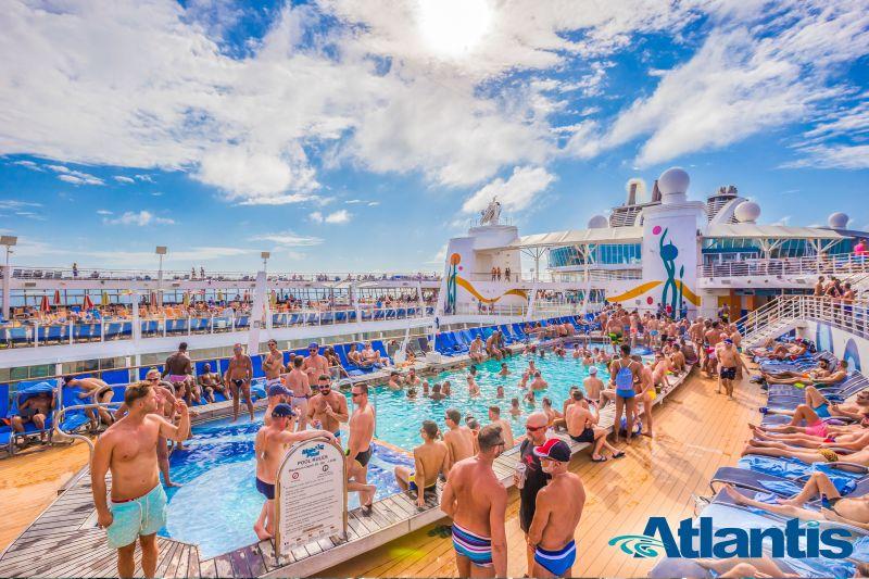 Atlantis Oasis Kreuzfahrt Gay