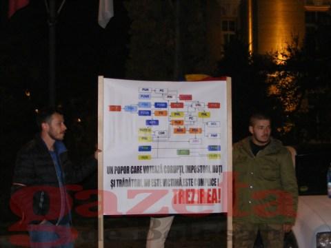 PROTEST-COLECTIV-CADERE GUVERN (41)