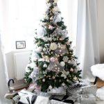 Top 12 Beautiful Christmas Tree Decorations Gazzed