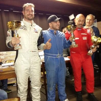 Adolfo Oliverio festeggia il secondo posto nella gara conclusiva di Castelletto di Branduzzo