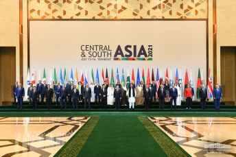 Family photo_Tashkent conference_large