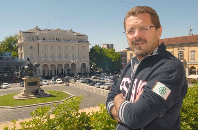 Massimo Giordano a sostegno della rielezione di Canelli