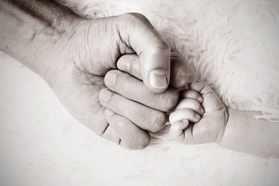 La formazione dei nuovi papà corre in rete