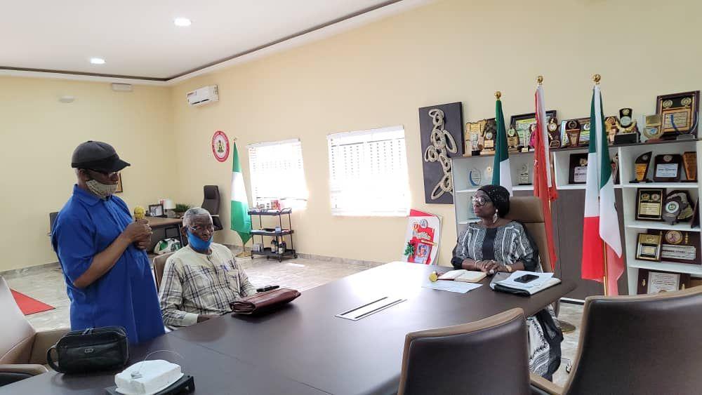Senator Ekwunife receives Biafran War Veterans