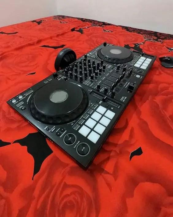 Top Ten (10) Best DJs in Ikorodu, Lagos, Nigeria
