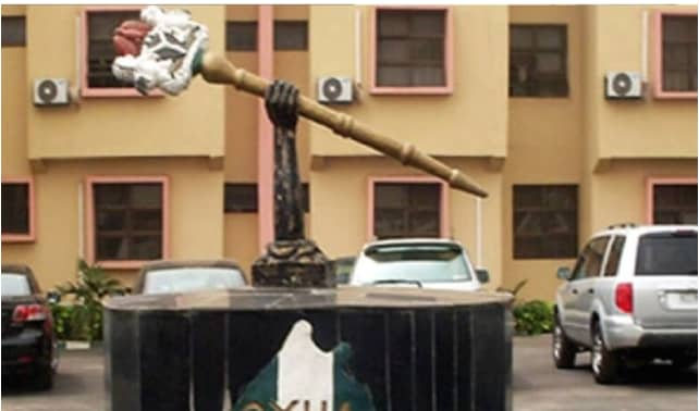 Oyo Assembly Suspends 13 LG Chairmen