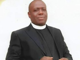 Death of Anglican priest and Burnings - Not Us, says IPOB