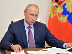 New law may keep Vladimir Putin in office until 2036