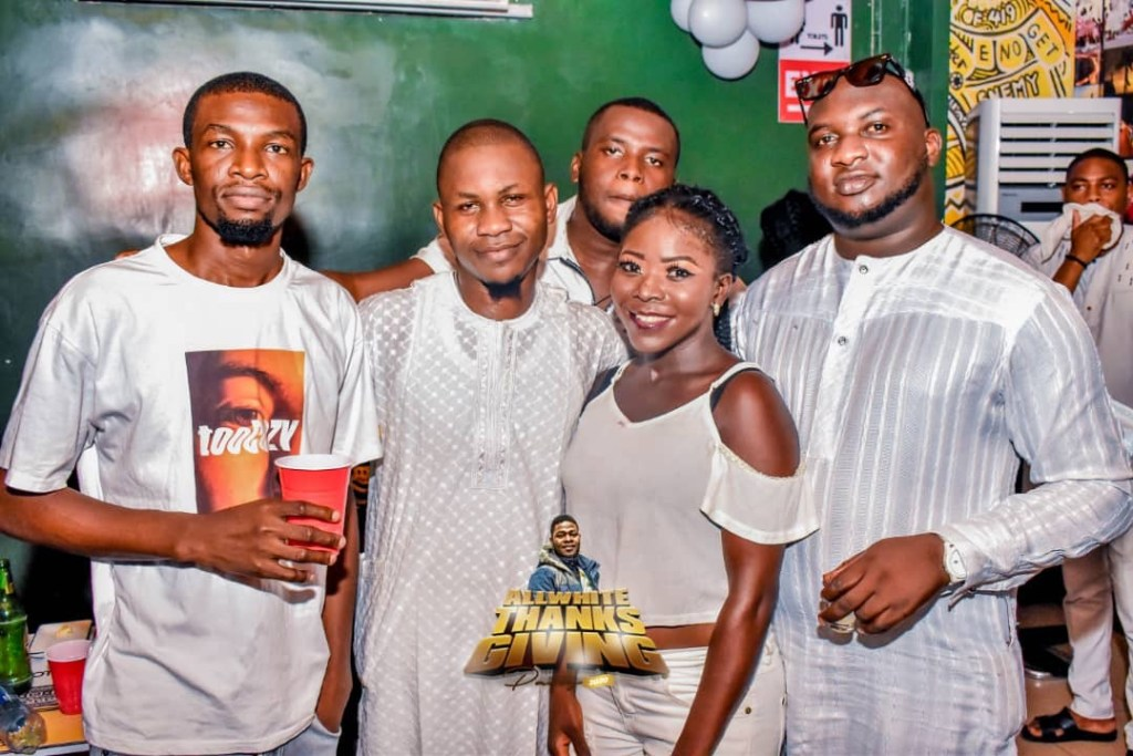 Sleek DJ Mayz All White Thanksgiving Party 2020: How it went down