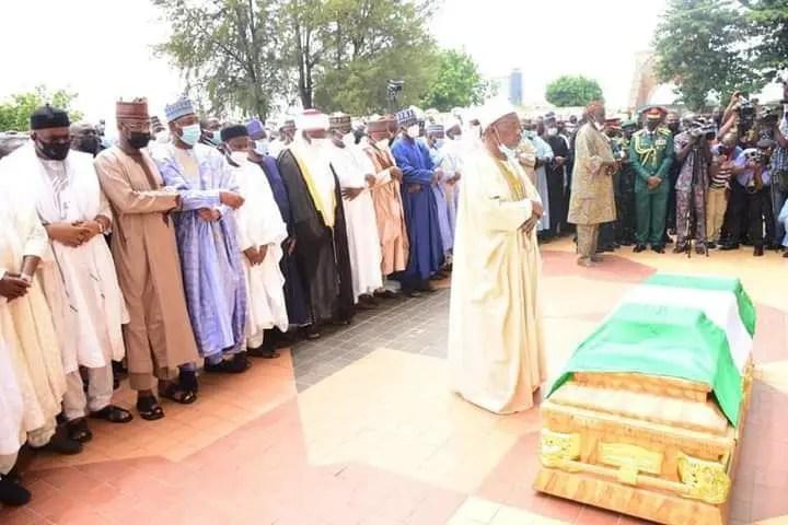 Zulum, Shettima, Kyari join VIPs for funeral of late COAS in Abuja