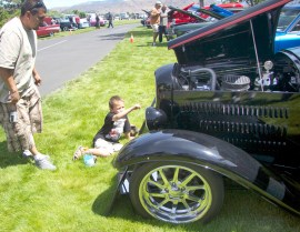 Old car show is fun