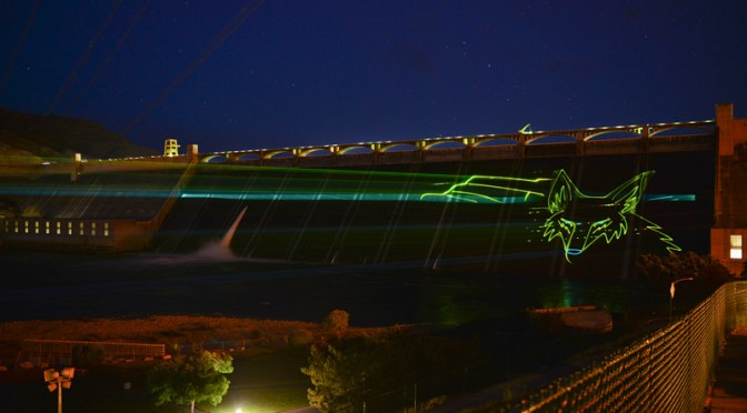 Huge laser show projected on Grand Coulee Dam