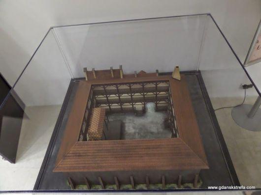 makieta teatru średniowiecznego
