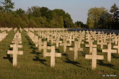 Śladami dawnych cmentarzy