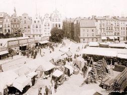 Targ Drzewny (Holzmarkt) w czasie Jarmarku Dominikańskiego.