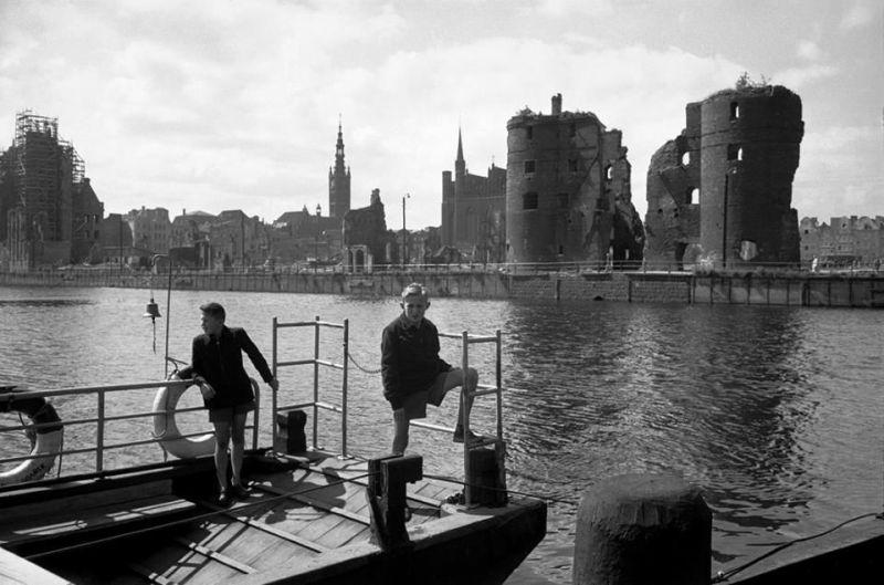 Widok na Długie Pobrzeże 1956 rok. fot. Erich Lessing