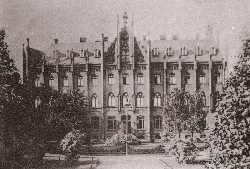 Siedziba Dyrekcji Poczt przy Winterplatz (na przełomie XIX i XX wieku)