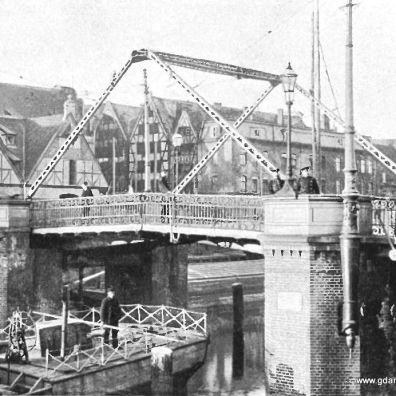 most zamknięty