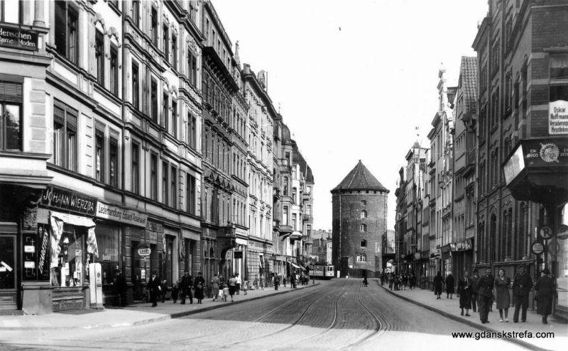 Przedwojenna zabudowa ulicy Stągiewnej.