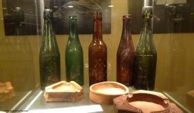popielniczki i butelki
