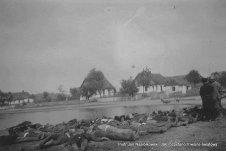 Rozstrzelani przez niemieckich zołnierzy 1 września 1939 roku, mieszkańcy polskiej ws Zimna Woda