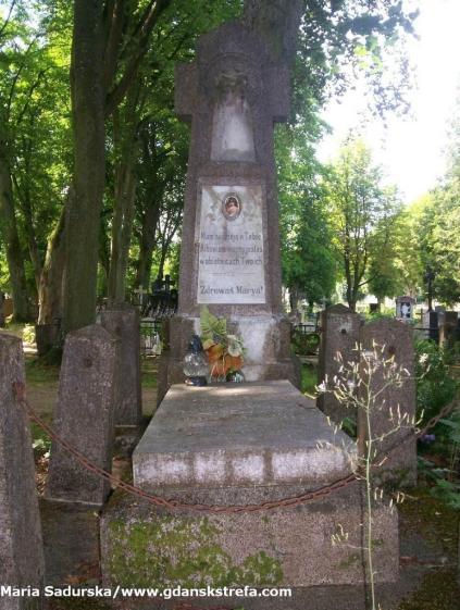 Inny pomnik ze starego cmentarza