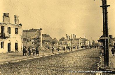 Zburzone domy w Puławach. Efekt nalotów Luftwaffe