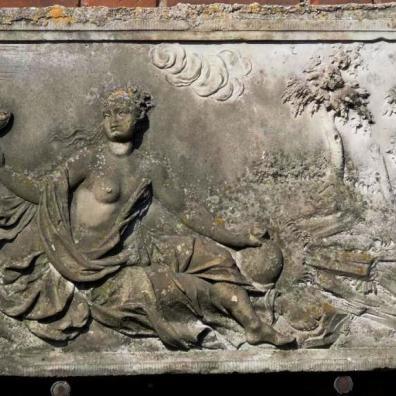 płyta przedproża z ul. Mariackiej w Muzeum Narodowym