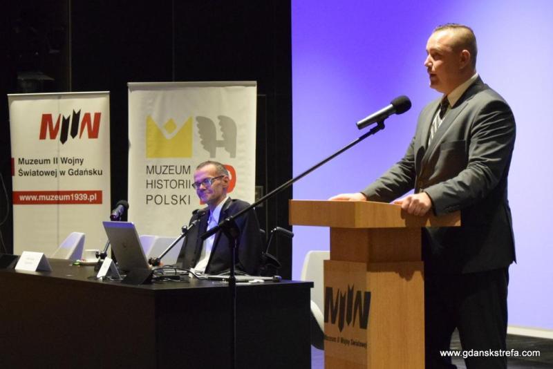dr Karol Nawrocki, dyrektor MIIWŚ