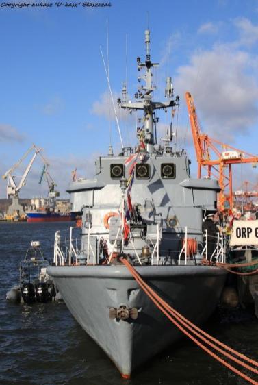 okręty i małe jednostki