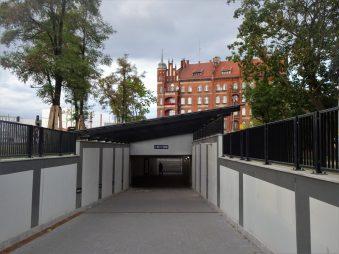 Wejście do tunelu od strony Okopowej