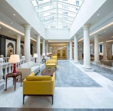 Titanic Deluxe Hotel