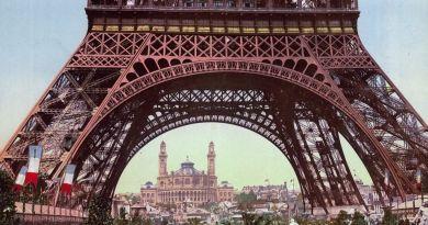 widok na wieżę Eiffela i Trocadero