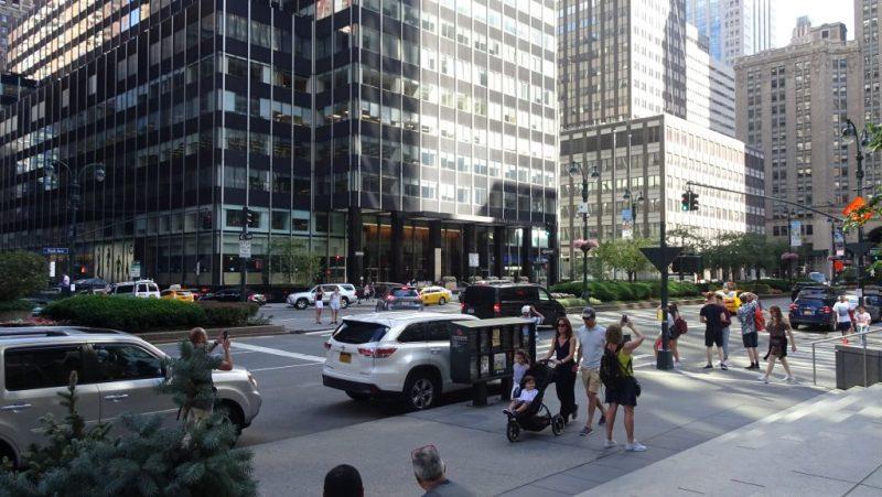 Park Av. przy Waldorf=Astoria