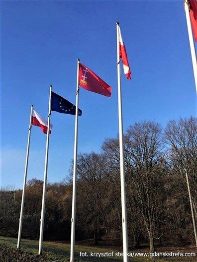 flagi na Westerplatte