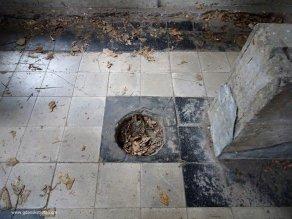 Westerplatte koszary, łazienka, WC
