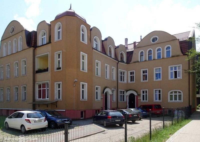 Ocalały Ritterhof, 128 C i D, Privetweg dochodzi do samego domu.