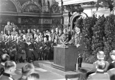 Hitler w Dworze Artusa