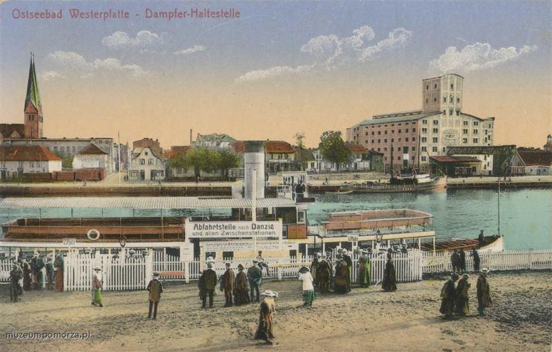 Widok z tarasu przystani promowej na Westerplatte na nabrzeże Nowego Portu.